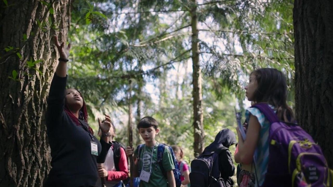 Urban Programs Lead Educator KayLani Siplin leads students during a Community Waters Field Study.